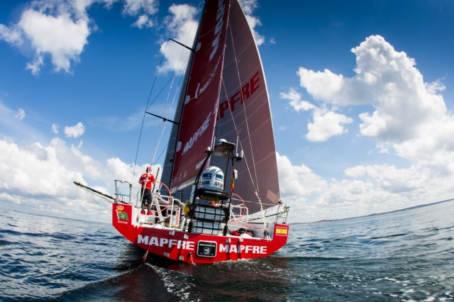 "Podio para el ""MAPFRE"" en la última etapa de la vuelta al mundo./ Podium for ""MAPFRE"" on the last leg around the world."